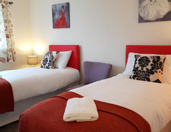 Houghton-Regis-Serviced-Apartments---Brentwood-Apartments-Brentwood-Close-Urban-Stay-8