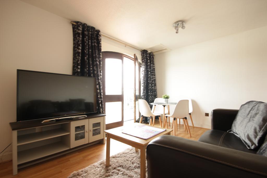 Hull Serviced Apartments - Marina Humber View Apartments - Kingston Street East Yorkshire - Urban Stay 3