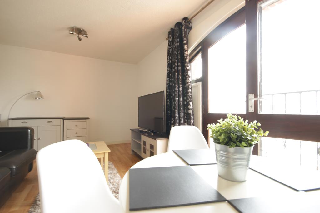 Hull-Serviced-Apartments---Marina-Humber-View-Apartments---Kingston-Street-East-Yorkshire---Urban-Stay-4