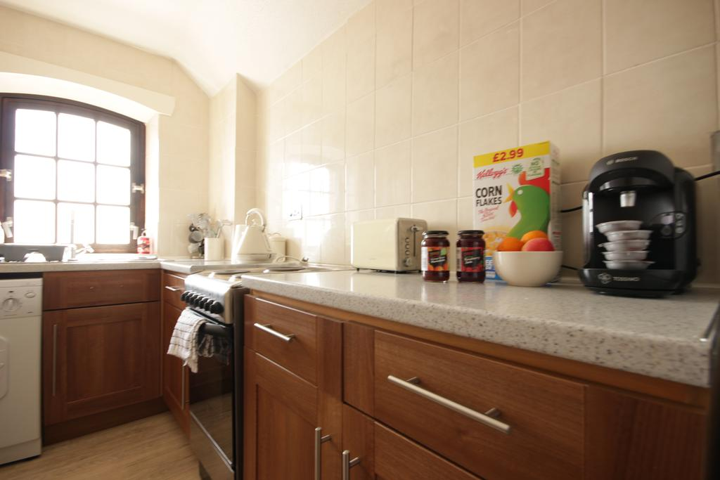 Hull-Serviced-Apartments---Marina-Humber-View-Apartments---Kingston-Street-East-Yorkshire---Urban-Stay-5
