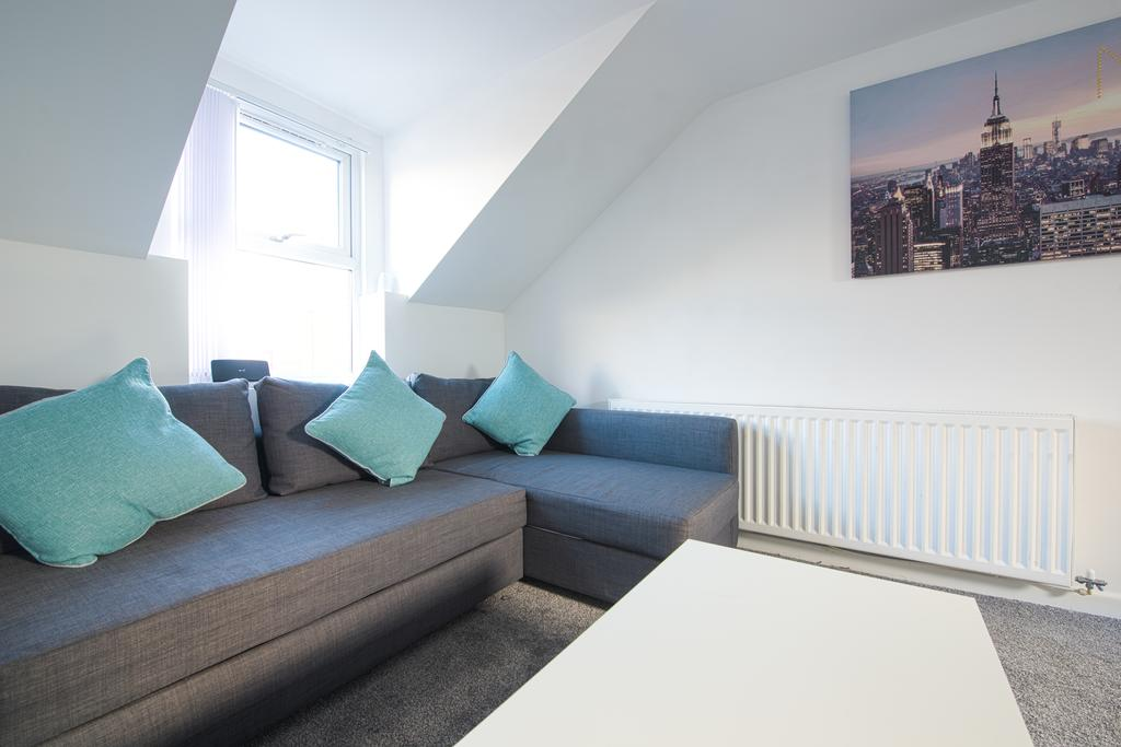 Leeds Serviced Accommodation - Crosshills Serviced Apartments - Urban Stay 1