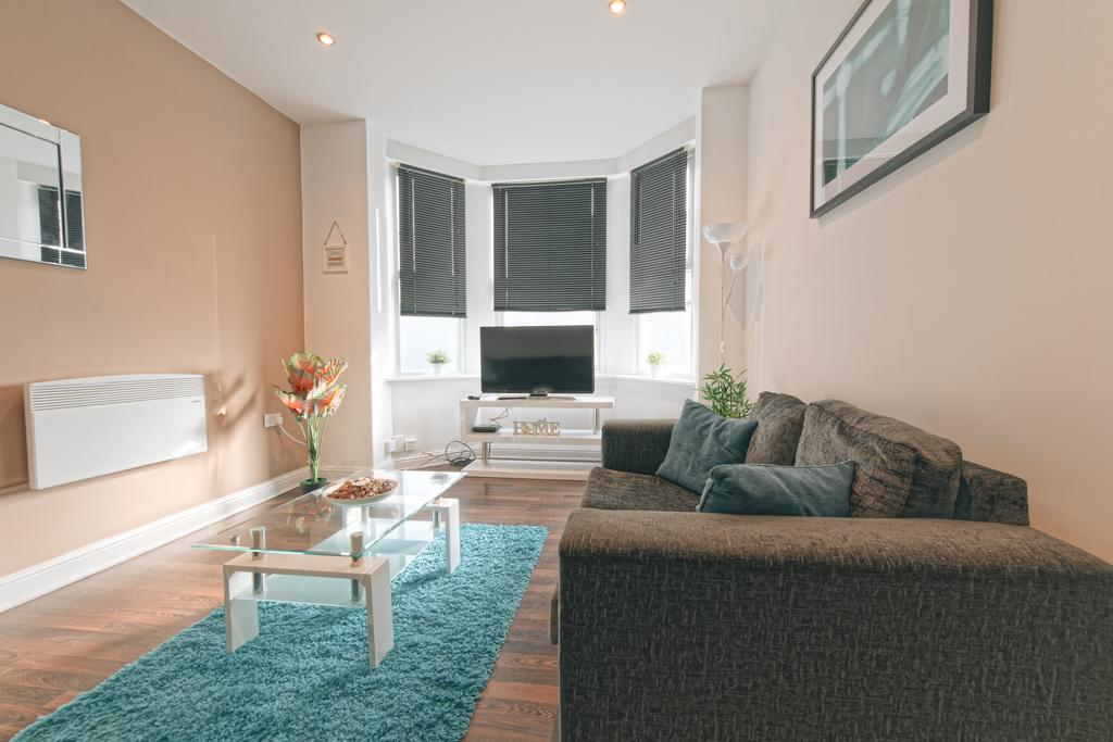 Leeds-Serviced-Apartments---St-James-House-Accommodation---Elford-Grove---Urban-Stay-6