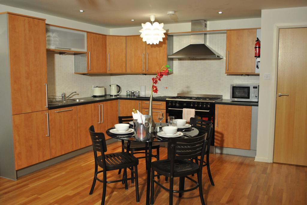 Luxury-Accommodation-Edinburgh---West-Tollcross-Apartments-Near-Grass-Market---Urban-Stay-1