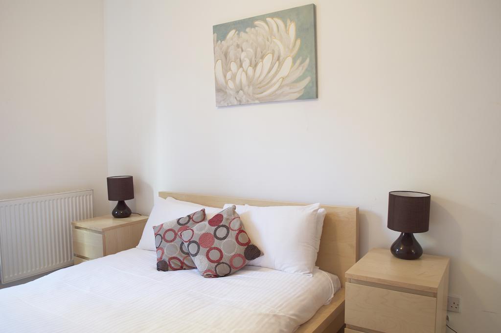 Luxury-Accommodation-Edinburgh---West-Tollcross-Apartments-Near-Grass-Market---Urban-Stay-12