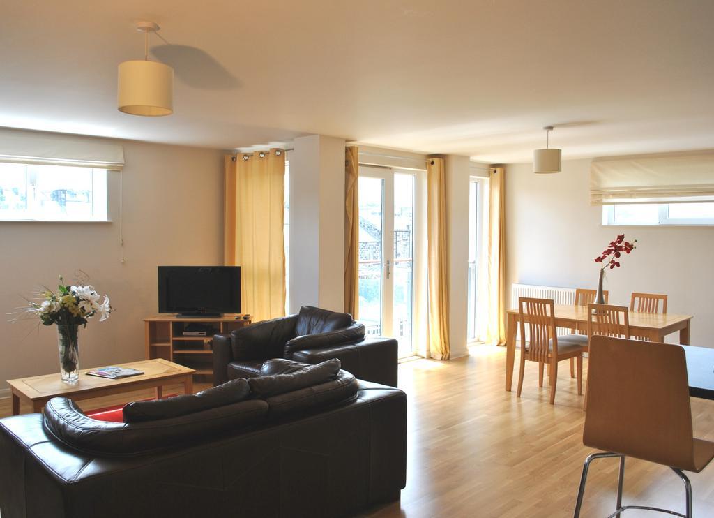 Luxury-Accommodation-Edinburgh---West-Tollcross-Apartments-Near-Grass-Market---Urban-Stay-4