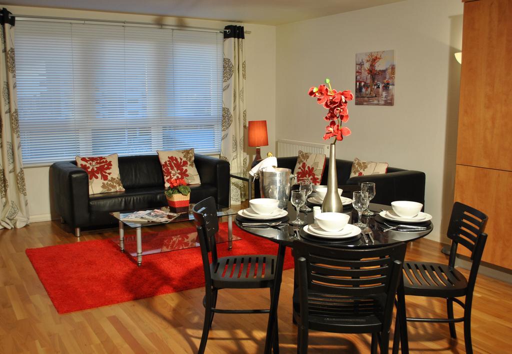Luxury-Accommodation-Edinburgh---West-Tollcross-Apartments-Near-Grass-Market---Urban-Stay-7