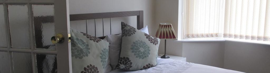 Luxury Accommodation Luton-Milton House Apartments-Luton Central Library-Urban Stay 18