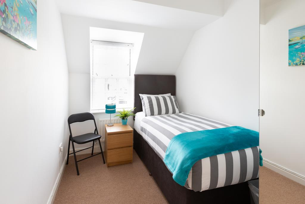 Luxury-Accommodation-St-Albans ---Chime-Square-Apartments-near-Highfield-Park---Urban-Stay-8