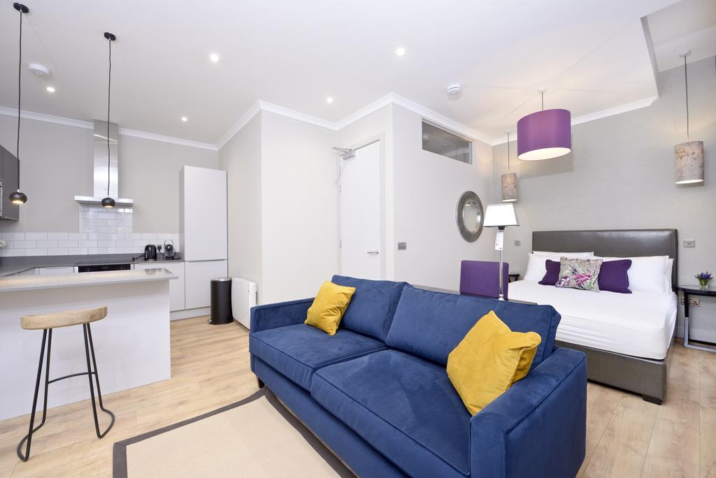 Luxury-Apartments-Edinburgh---Charlotte-Square-Apartments-Near-Royal-Mile---Urban-Stay-1