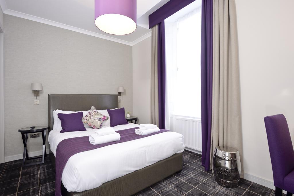Luxury-Apartments-Edinburgh---Charlotte-Square-Apartments-Near-Royal-Mile---Urban-Stay-10