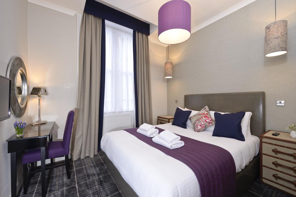 Luxury-Apartments-Edinburgh---Charlotte-Square-Apartments-Near-Royal-Mile---Urban-Stay-11