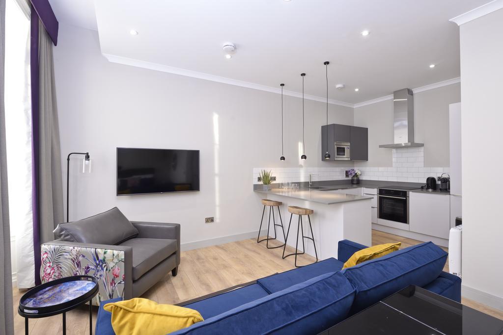 Luxury-Apartments-Edinburgh---Charlotte-Square-Apartments-Near-Royal-Mile---Urban-Stay-13