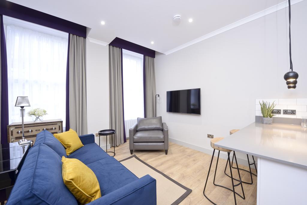 Luxury-Apartments-Edinburgh---Charlotte-Square-Apartments-Near-Royal-Mile---Urban-Stay-15