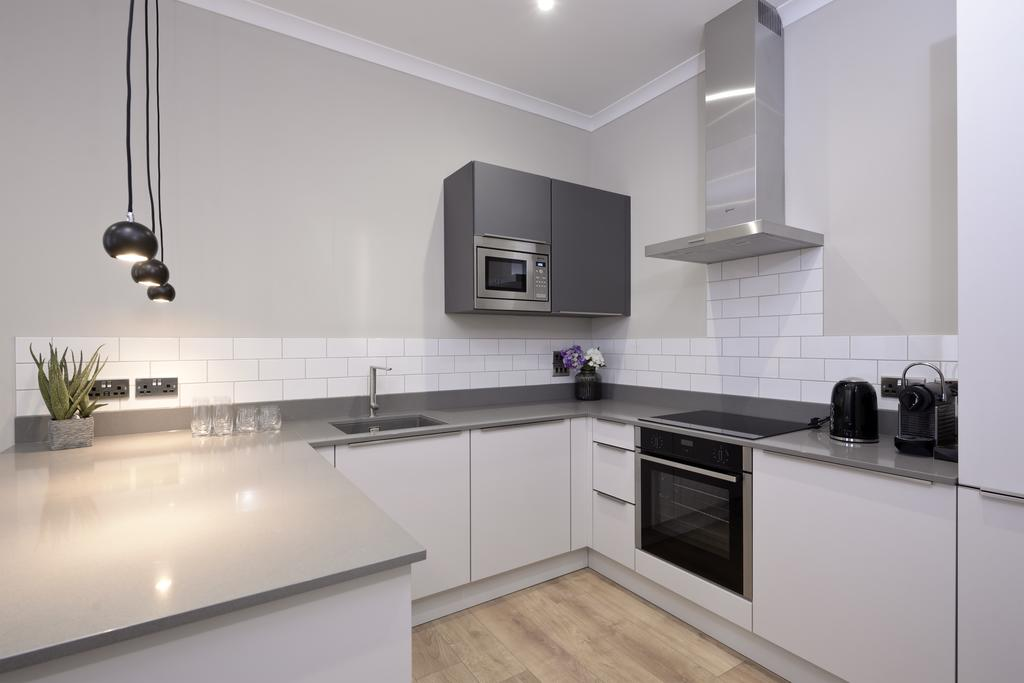 Luxury-Apartments-Edinburgh---Charlotte-Square-Apartments-Near-Royal-Mile---Urban-Stay-16
