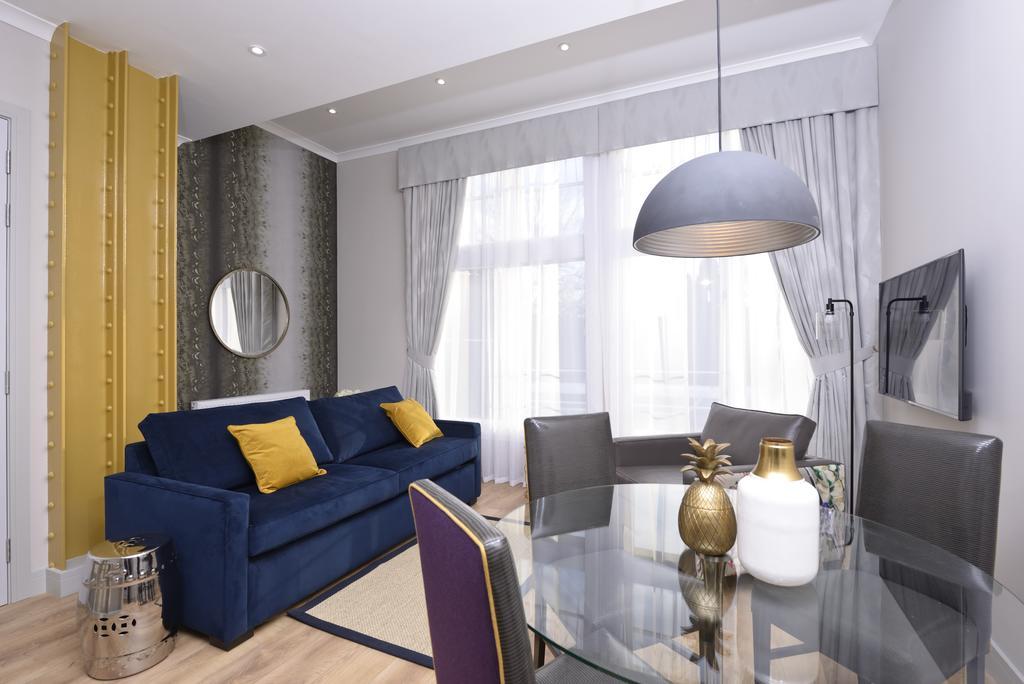 Luxury-Apartments-Edinburgh---Charlotte-Square-Apartments-Near-Royal-Mile---Urban-Stay-19
