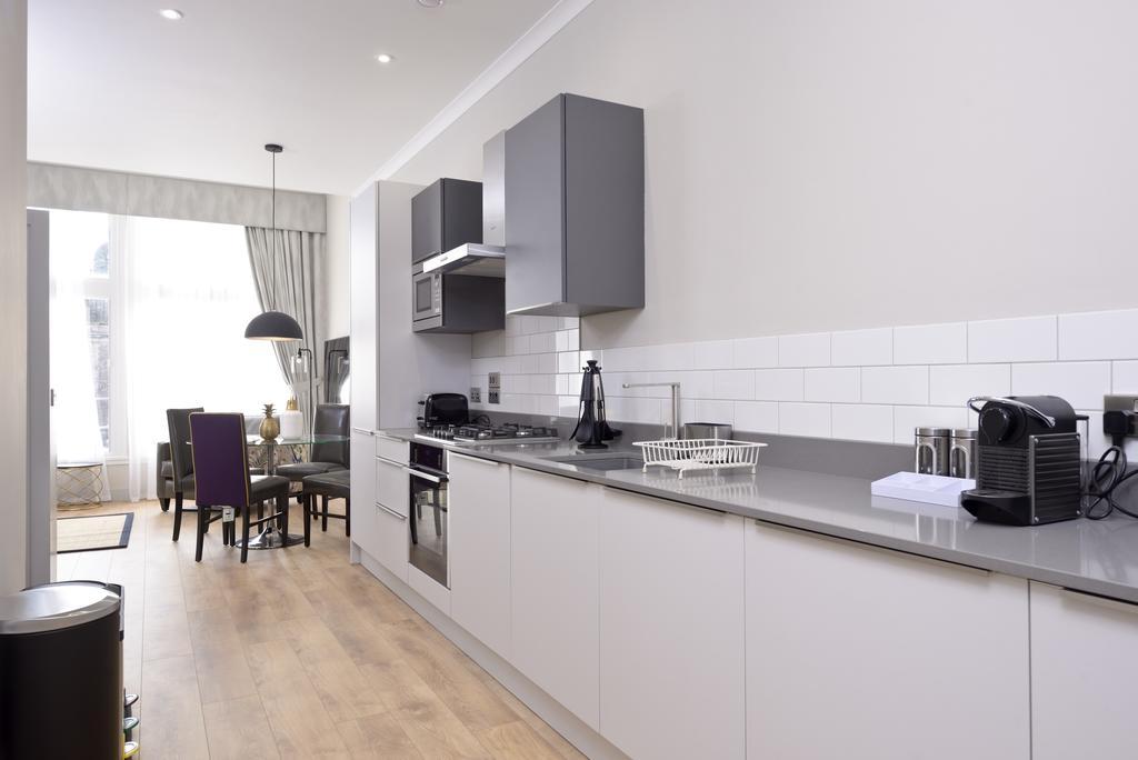 Luxury-Apartments-Edinburgh---Charlotte-Square-Apartments-Near-Royal-Mile---Urban-Stay-20