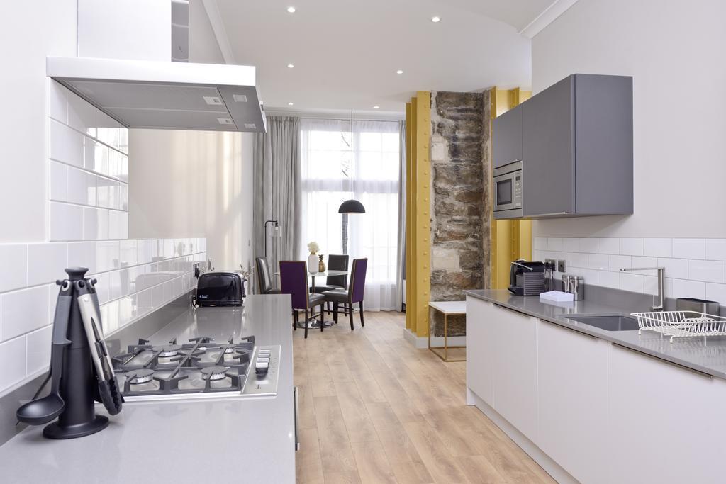 Luxury-Apartments-Edinburgh---Charlotte-Square-Apartments-Near-Royal-Mile---Urban-Stay-23