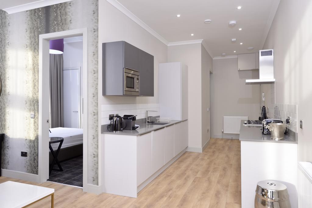 Luxury-Apartments-Edinburgh---Charlotte-Square-Apartments-Near-Royal-Mile---Urban-Stay-24