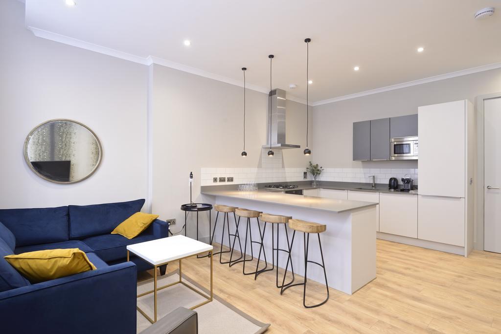 Luxury-Apartments-Edinburgh---Charlotte-Square-Apartments-Near-Royal-Mile---Urban-Stay-25