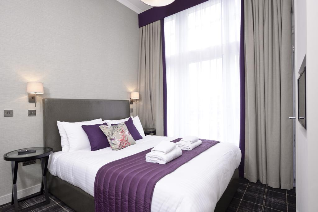Luxury-Apartments-Edinburgh---Charlotte-Square-Apartments-Near-Royal-Mile---Urban-Stay-4