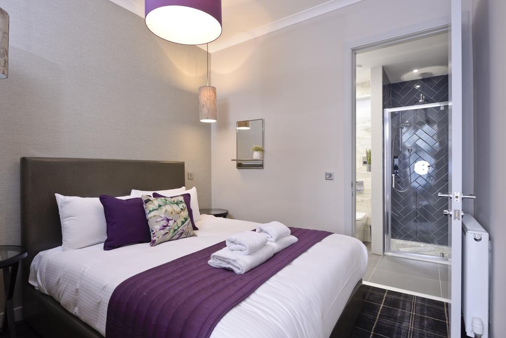 Luxury-Apartments-Edinburgh---Charlotte-Square-Apartments-Near-Royal-Mile---Urban-Stay-7