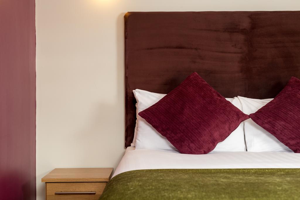 Luxury-Apartments-Leeds---Headingley-Apartments-Near-Trinity-Leeds---Urban-Stay-4