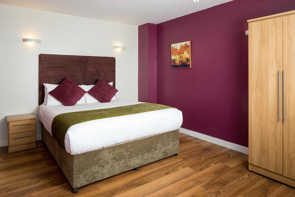 Luxury-Apartments-Leeds---Headingley-Apartments-Near-Trinity-Leeds---Urban-Stay-6