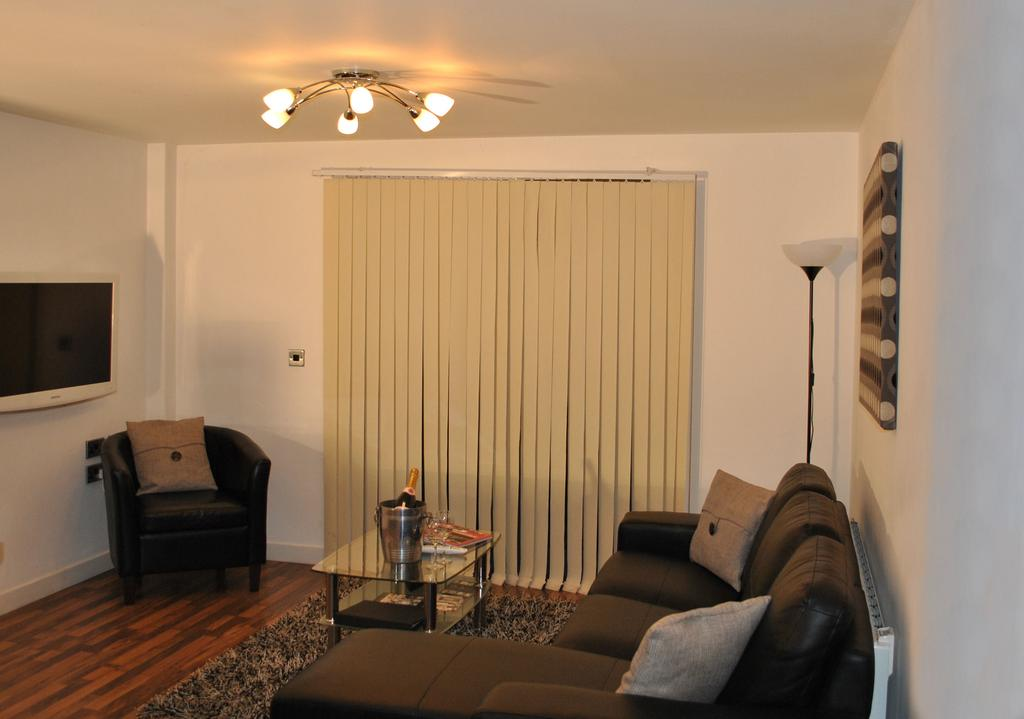 Manchester-Corporate-Accommodation---City-West-Apartments-Near-ManchesterArena---Urban-Stay-13