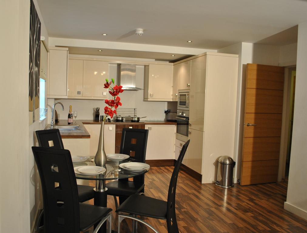 Manchester-Corporate-Accommodation---City-West-Apartments-Near-ManchesterArena---Urban-Stay-15