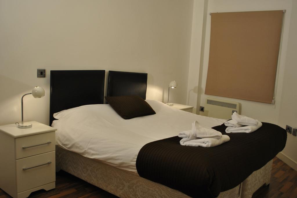 Manchester-Corporate-Accommodation---City-West-Apartments-Near-Manchester Arena---Urban-Stay-20