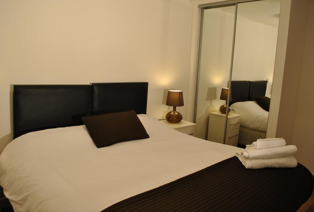 Manchester-Corporate-Accommodation---City-West-Apartments-Near-Manchester Arena---Urban-Stay-21