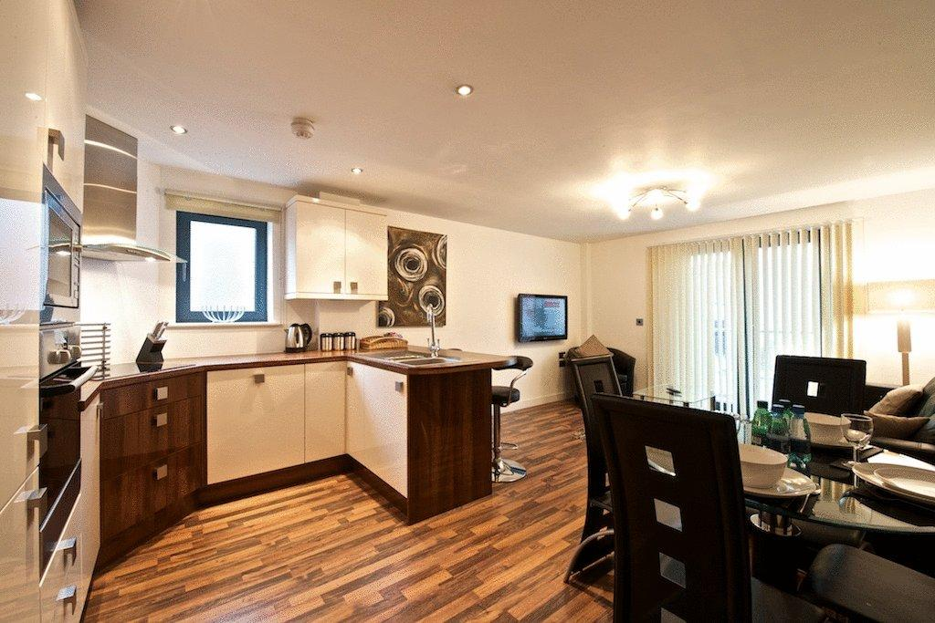 Manchester-Corporate-Accommodation---City-West-Apartments-Near-ManchesterArena---Urban-Stay-6