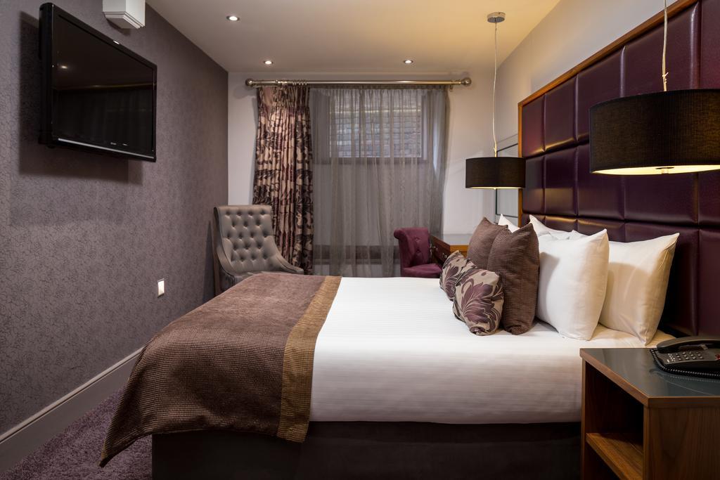 Newcastle-Luxury-Accommodation---Newcastle-City-Apartments-Near-St-James-Park---Urban-Stay-10