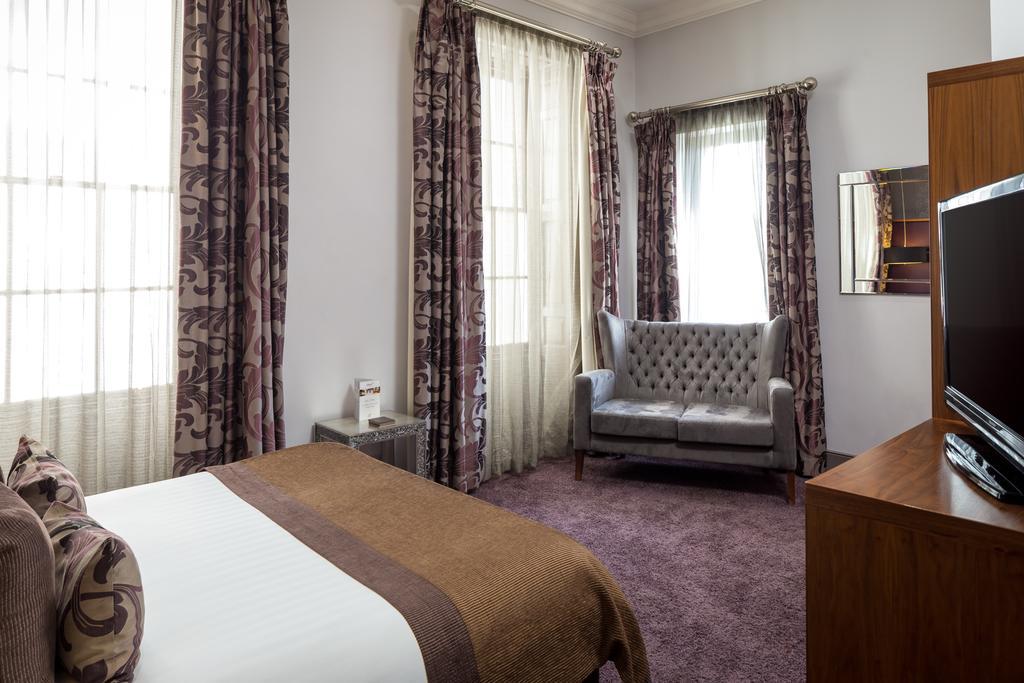 Newcastle-Luxury-Accommodation---Newcastle-City-Apartments-Near-St-James-Park---Urban-Stay-14