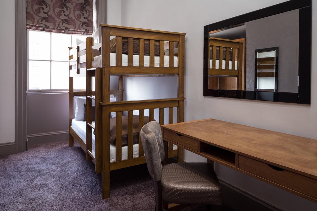 Newcastle-Luxury-Accommodation---Newcastle-City-Apartments-Near-St-James-Park---Urban-Stay-3