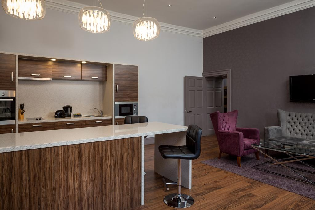 Newcastle-Luxury-Accommodation---Newcastle-City-Apartments-Near-St-James-Park---Urban-Stay-5