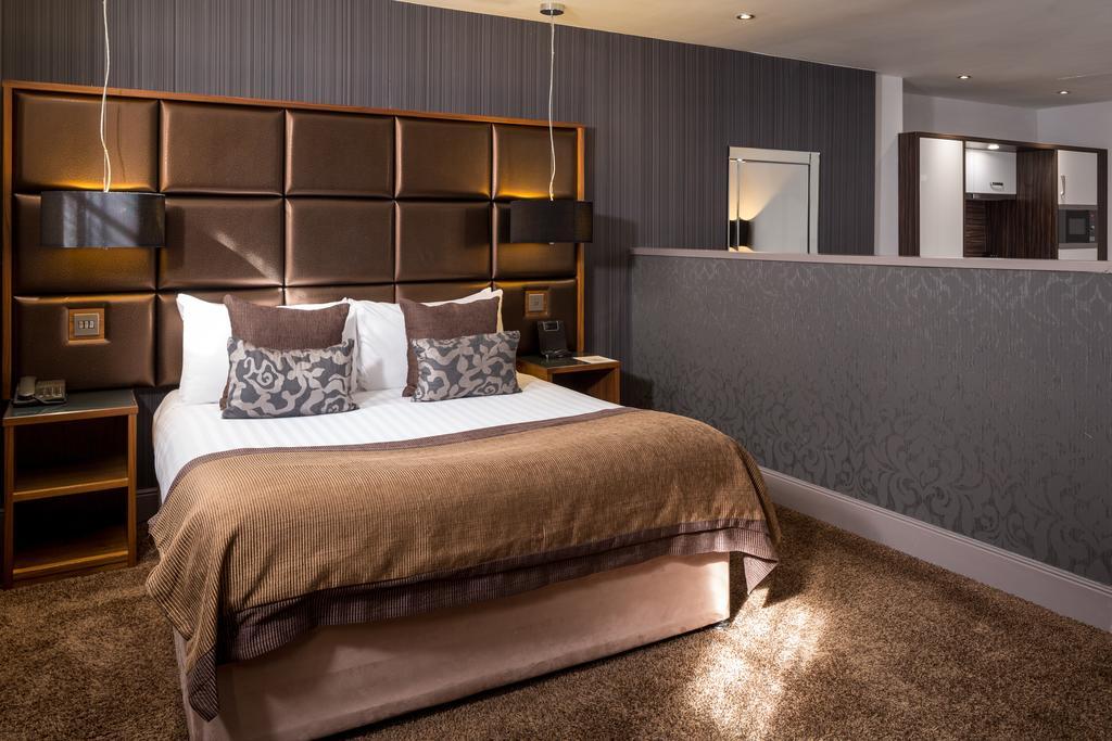 Newcastle-Luxury-Accommodation---Newcastle-City-Apartments-Near-St-James-Park---Urban-Stay-6
