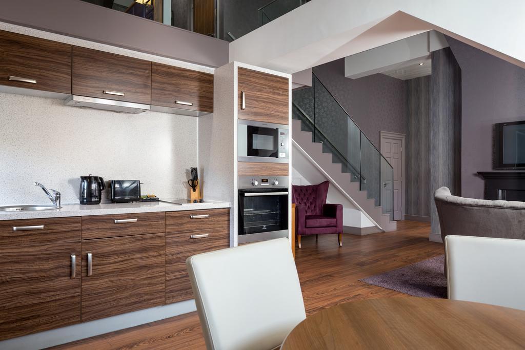 Newcastle-Luxury-Accommodation---Newcastle-City-Apartments-Near-St-James-Park---Urban-Stay-8