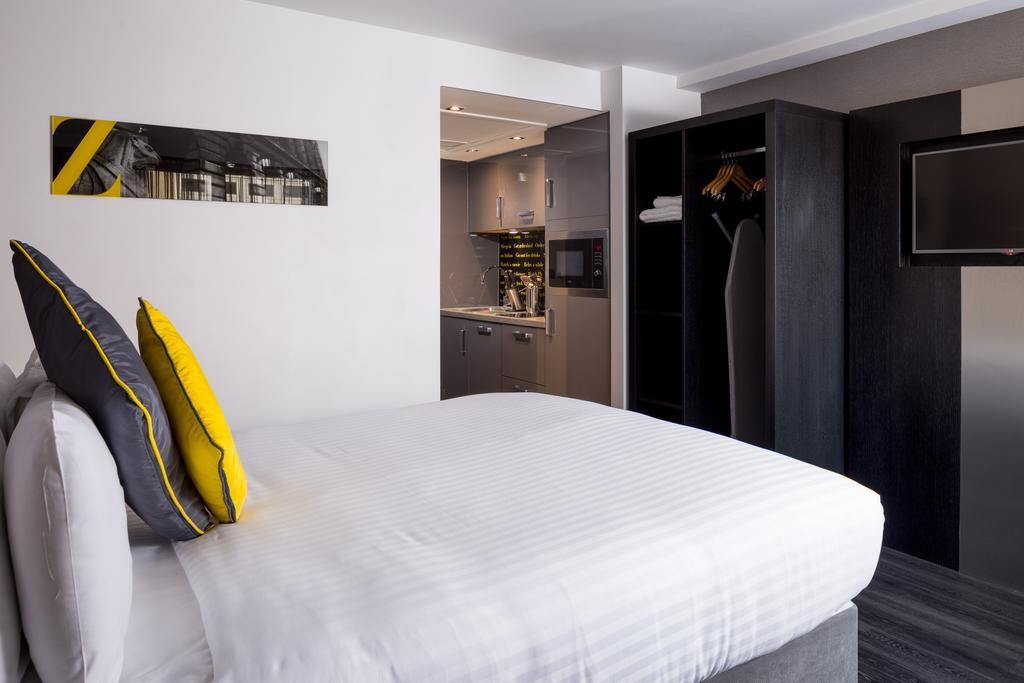 Nottingham-Luxury-Accommodation---Nottingham-City-Apartments-Near-Trent-Bridge-Ground---Urban-Stay-8