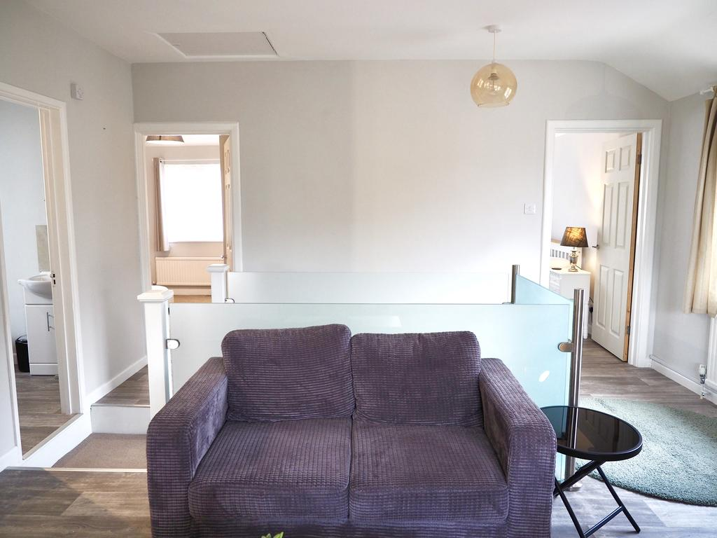 Oxford-Corporate-Accommodation---Exeter-Apartments---Near-Oxford-University---Urban-Stay-6