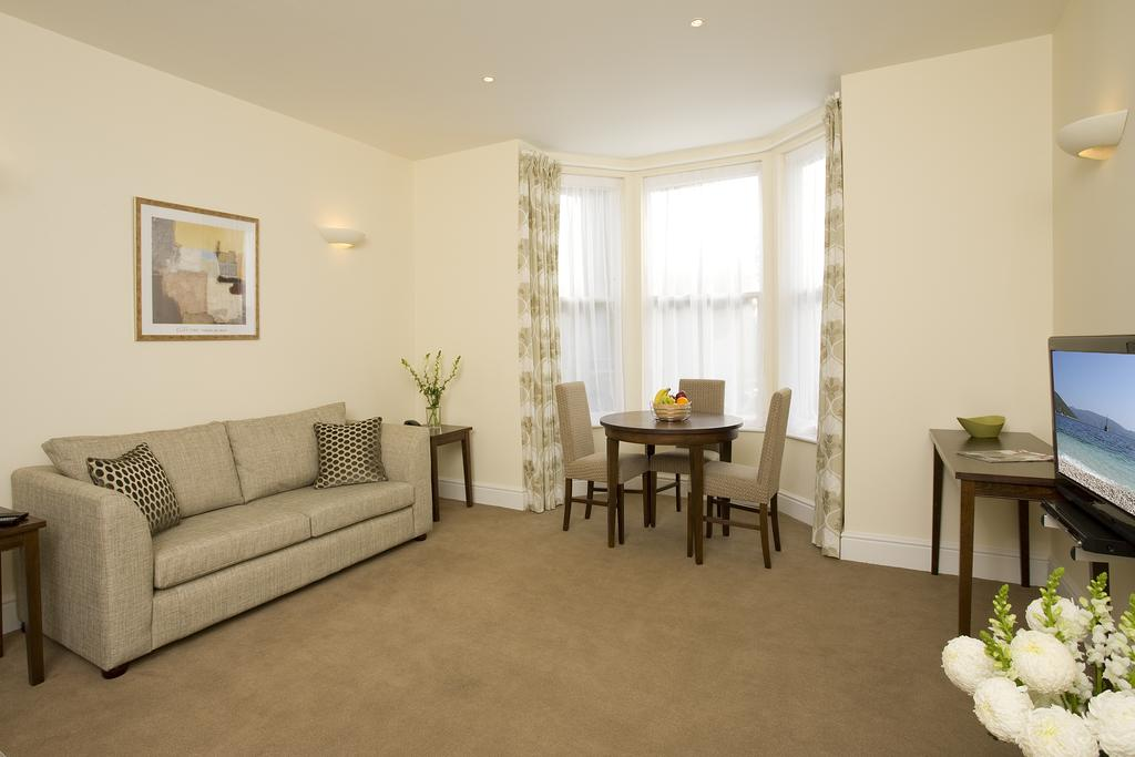 Reading-Corporate-Accommodation---Castle-Crescent-Apartments---Urban-Stay-10