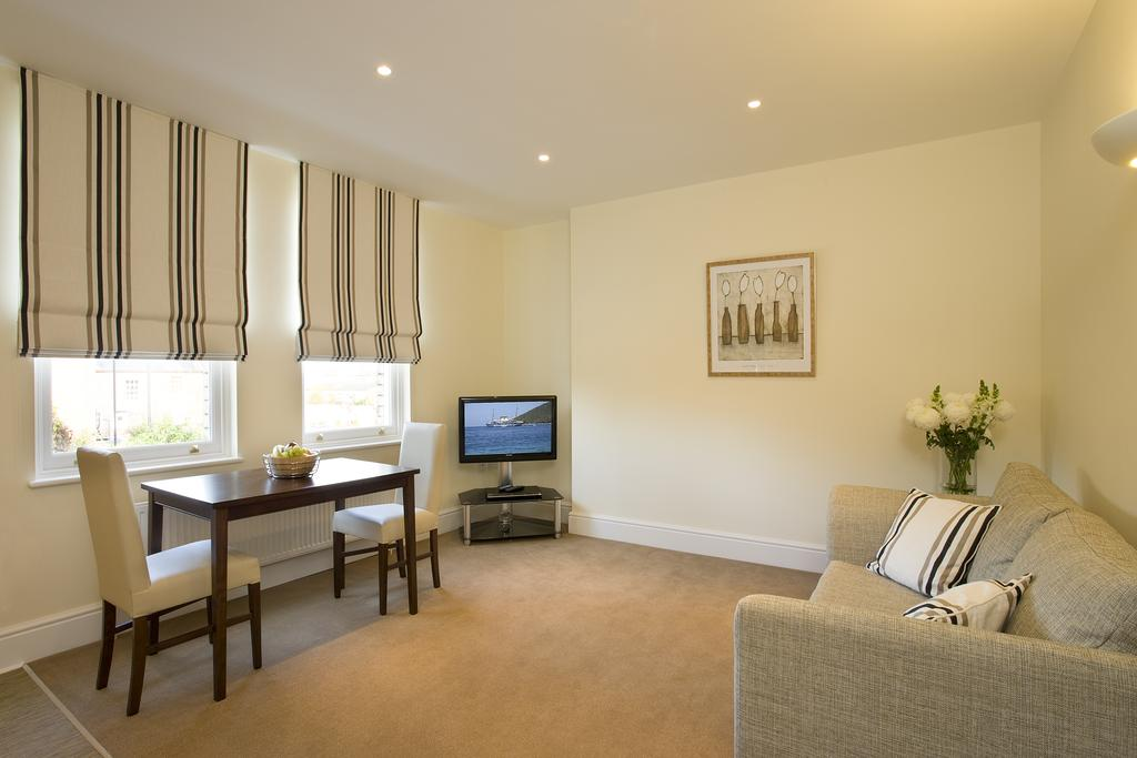 Reading-Corporate-Accommodation---Castle-Crescent-Apartments---Urban-Stay-11