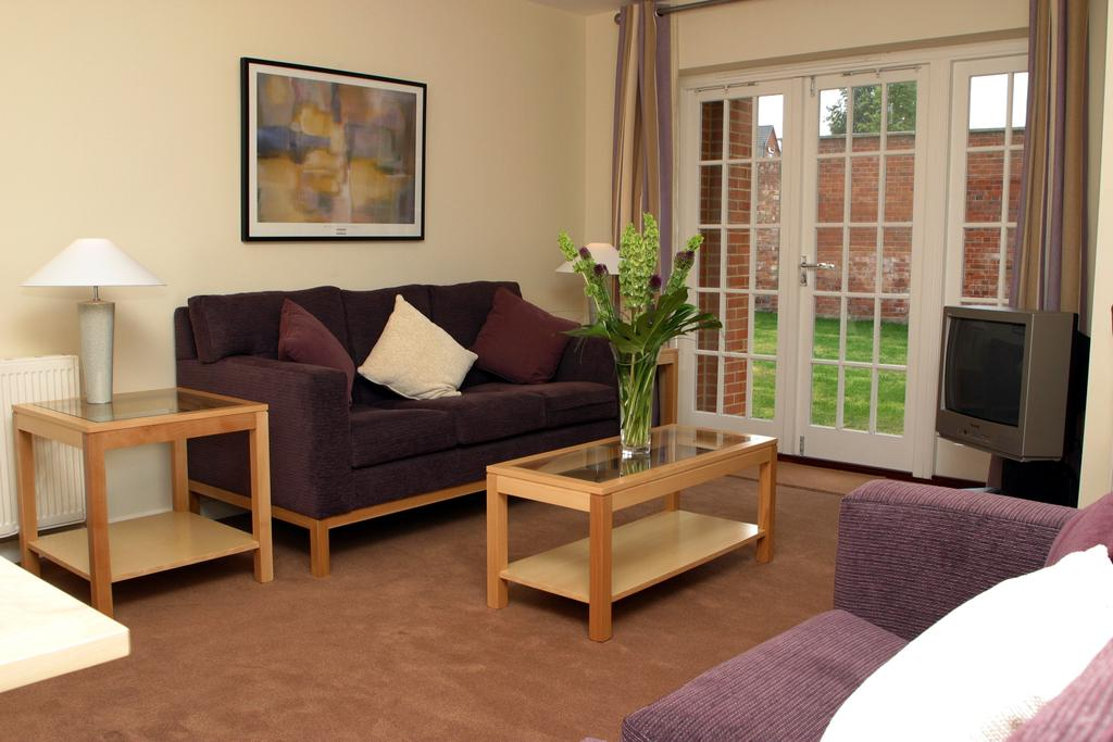 Reading-Corporate-Accommodation---Castle-Crescent-Apartments---Urban-Stay-3
