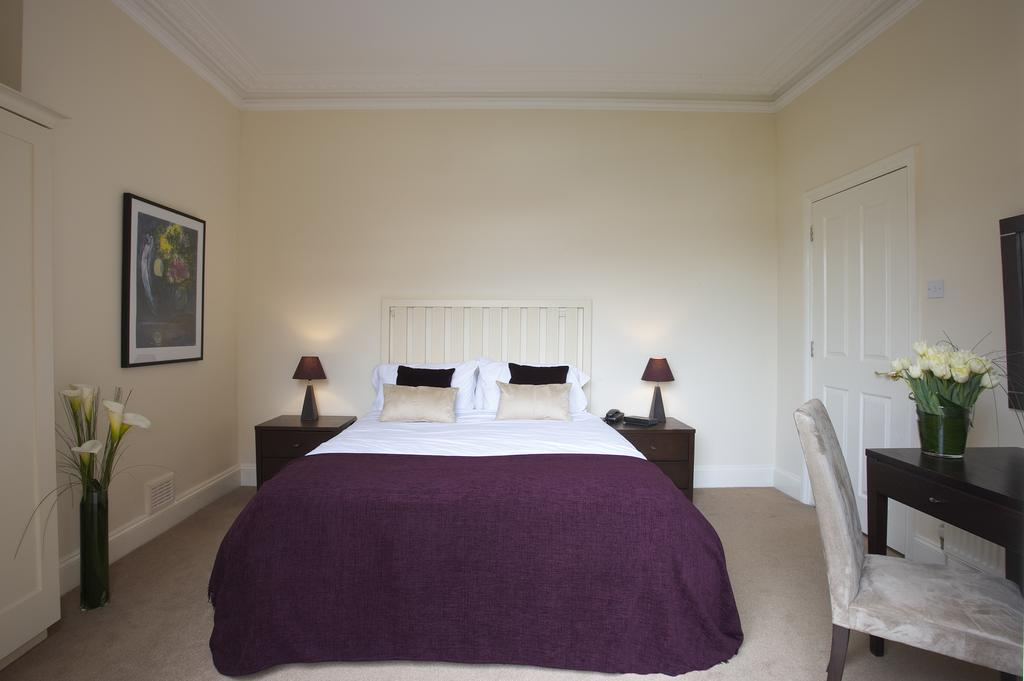 Reading-Corporate-Accommodation---Castle-Crescent-Apartments---Urban-Stay-9