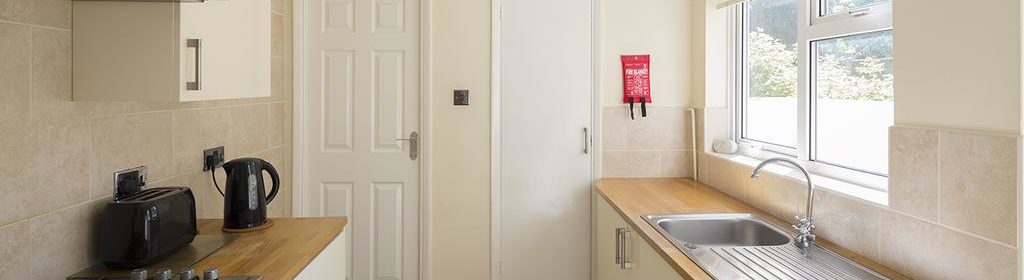 Rochester Corporate Accommodation - Rochester Apartments - Castle Avenue - Urban Stay 3