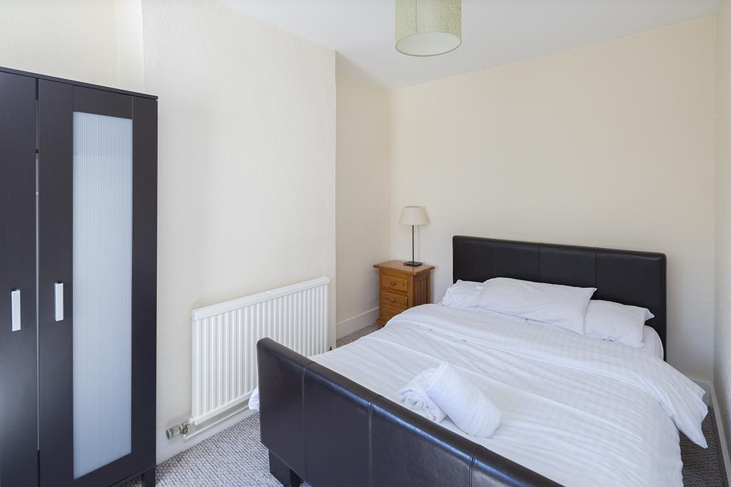 Rochester-Corporate-Accommodation---Rochester-Apartments---Castle-Avenue---Urban-Stay-8