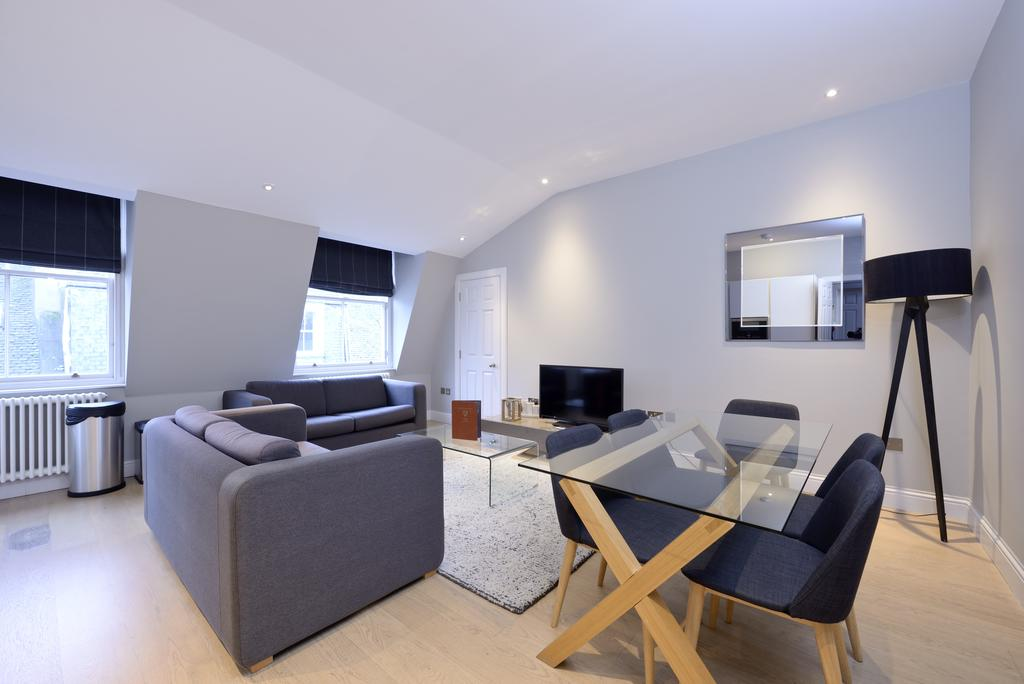 Self-Catering-Accommodation-Edinburgh---Hill-Street-Apartments---Edinburgh-Castle---Urban-Stay-9