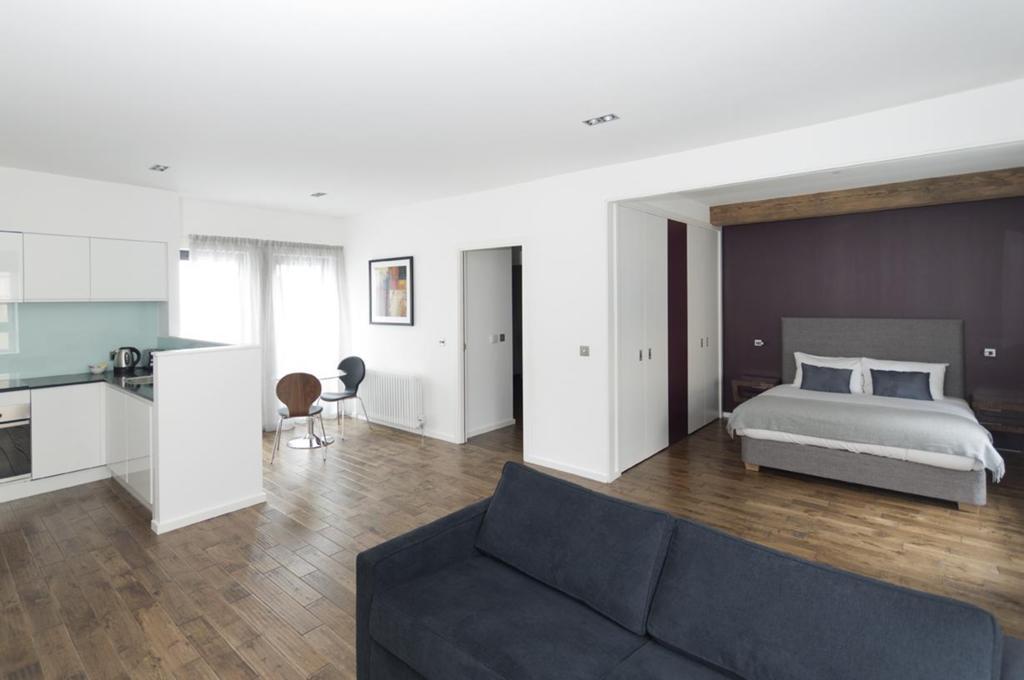 Self--catering-Accommodation-Edinburgh---Malt-House-Apartments---George-Street---Urban-Stay-18