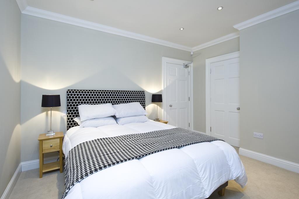 Self-catering-Apartments-Edinburgh---Thistle-Street-Apartments-Near-Murrayfield-Stadium---Urban-Stay-12