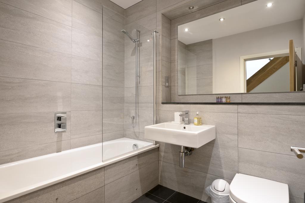 Self-catering-Apartments-Edinburgh---Thistle-Street-Apartments-Near-Murrayfield-Stadium---Urban-Stay-4
